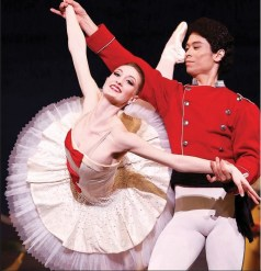 Photo via Los Angeles Ballet Official Facebook.