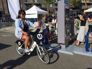 Metro and its bike share vendor Bcycle demonstrate how the future bike share kiosks will work.
