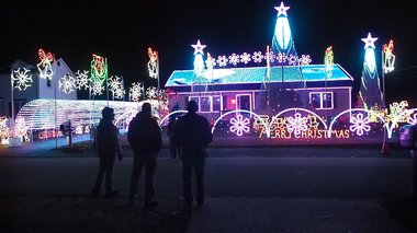 Massive Christmas lights display is annoying neighbors, and town wants homeowner to pay $75K