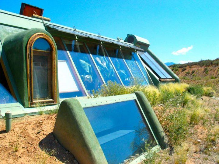 earthship-offgrid-house