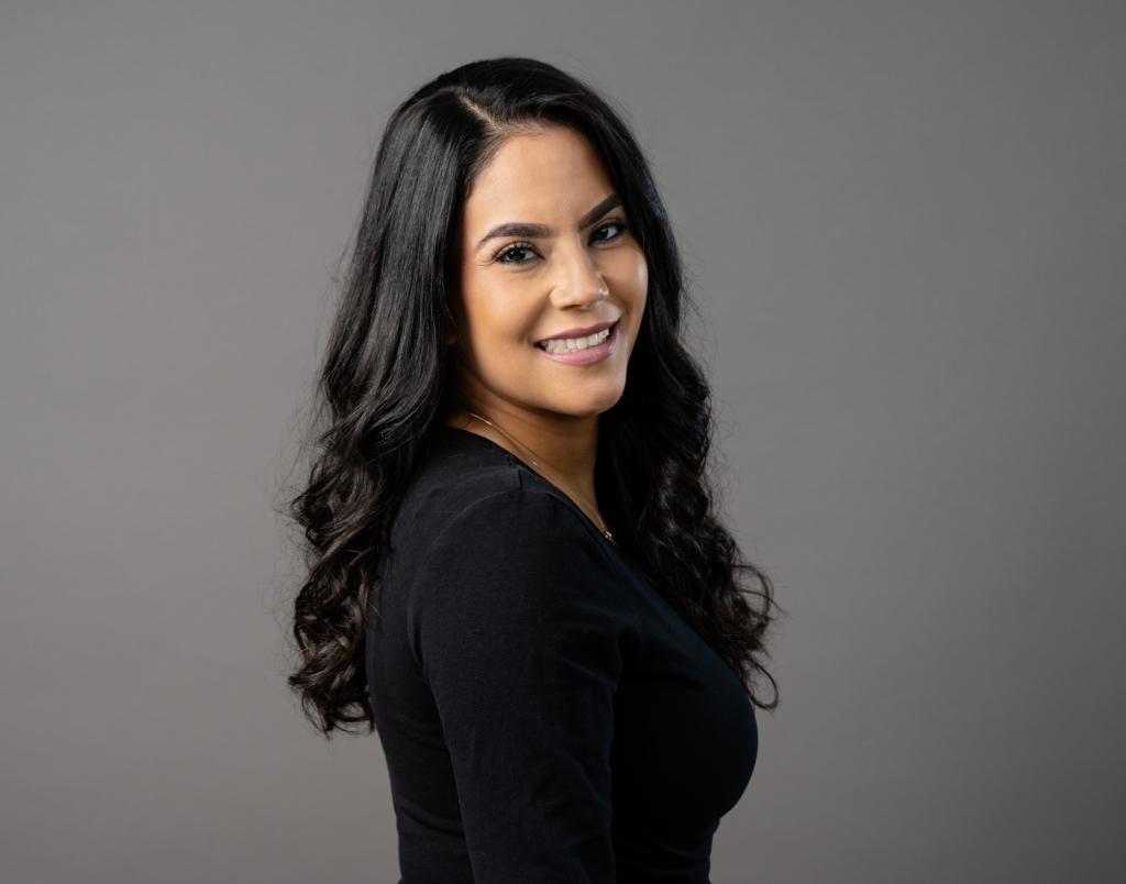 Nannette Carrillo Rn A Neonatal Intensive Care Nurse With
