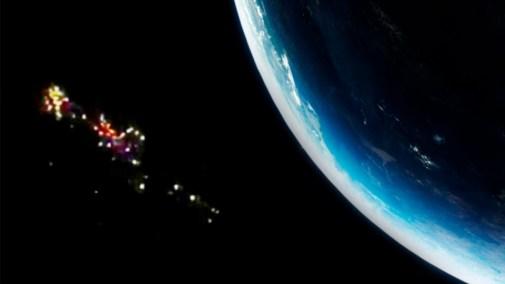 Impactante: la Estación Espacial Internacional grabó el paso de decenas de  ovnis
