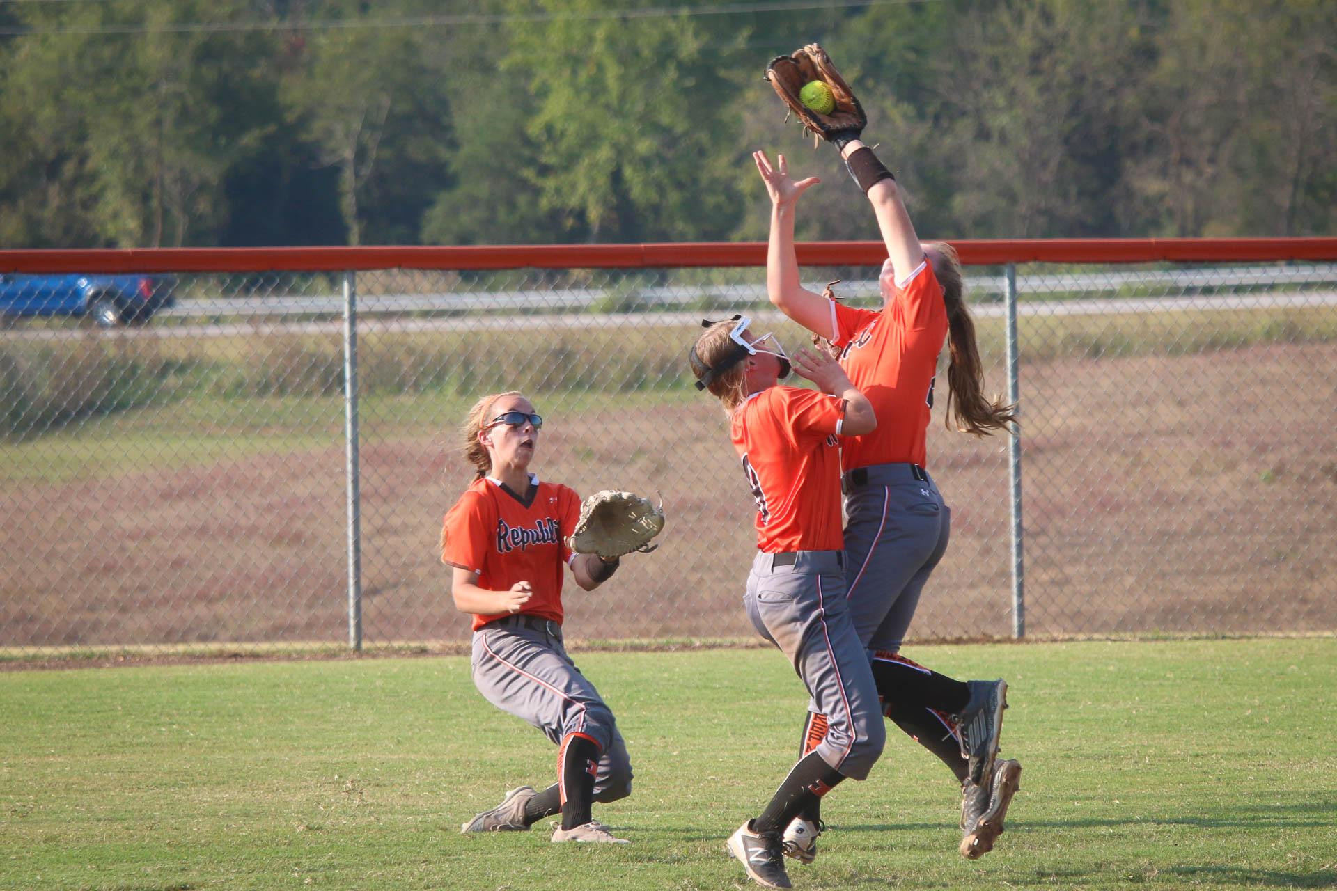 Photos:  Varsity Softball vs Kickapoo