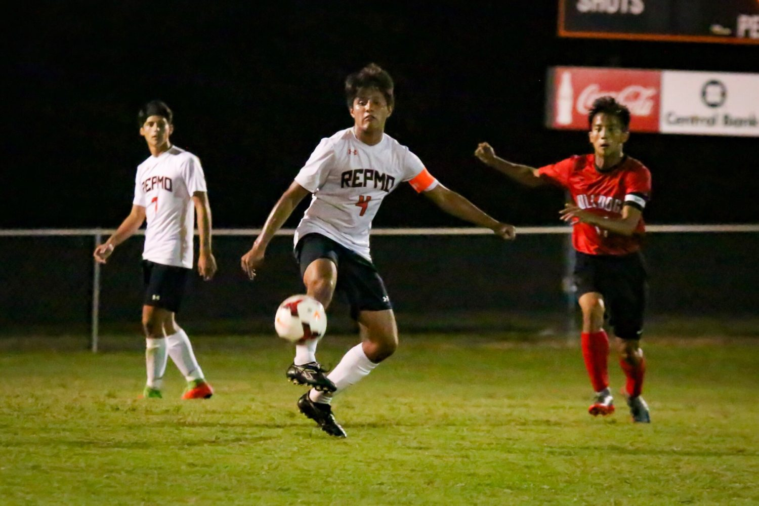 Soccer Defense Shuts Out Bulldogs For 13th Straight