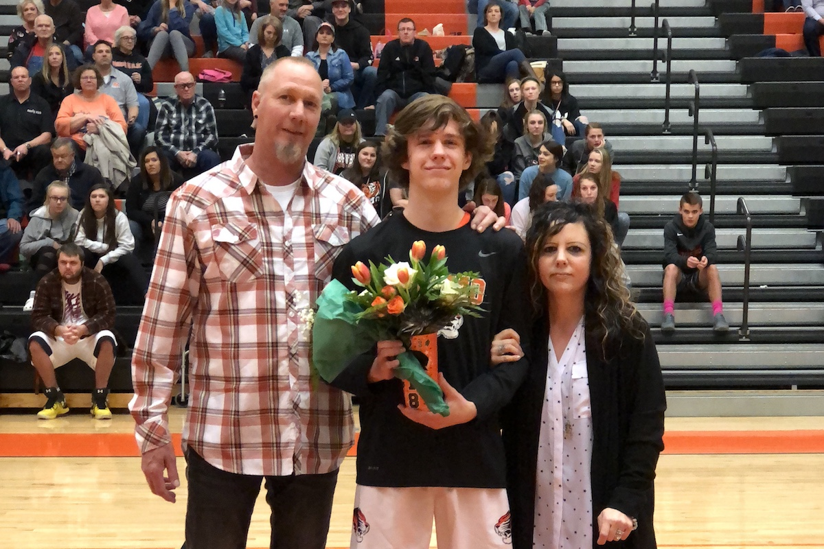 Tigers Honor Creek, But Falter In Final Home Game