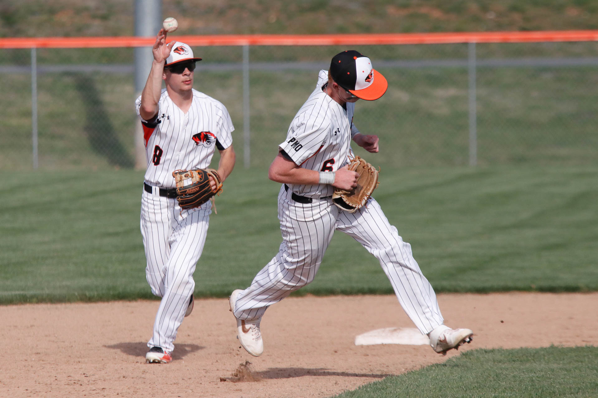Tigers Bang Out 11 Hits In COC Win
