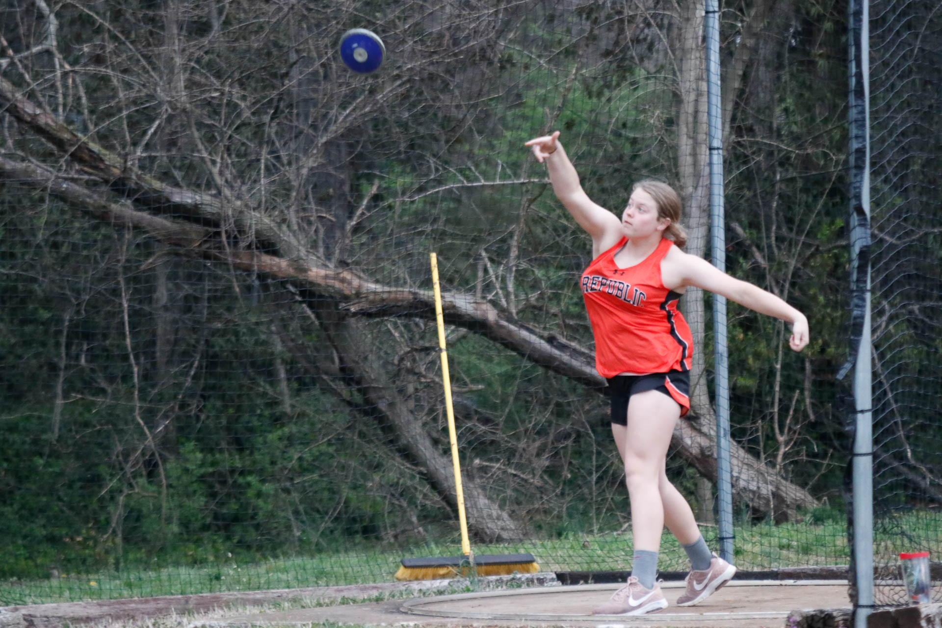 Lady Tigers Capture Three Golds At Bolivar Relays