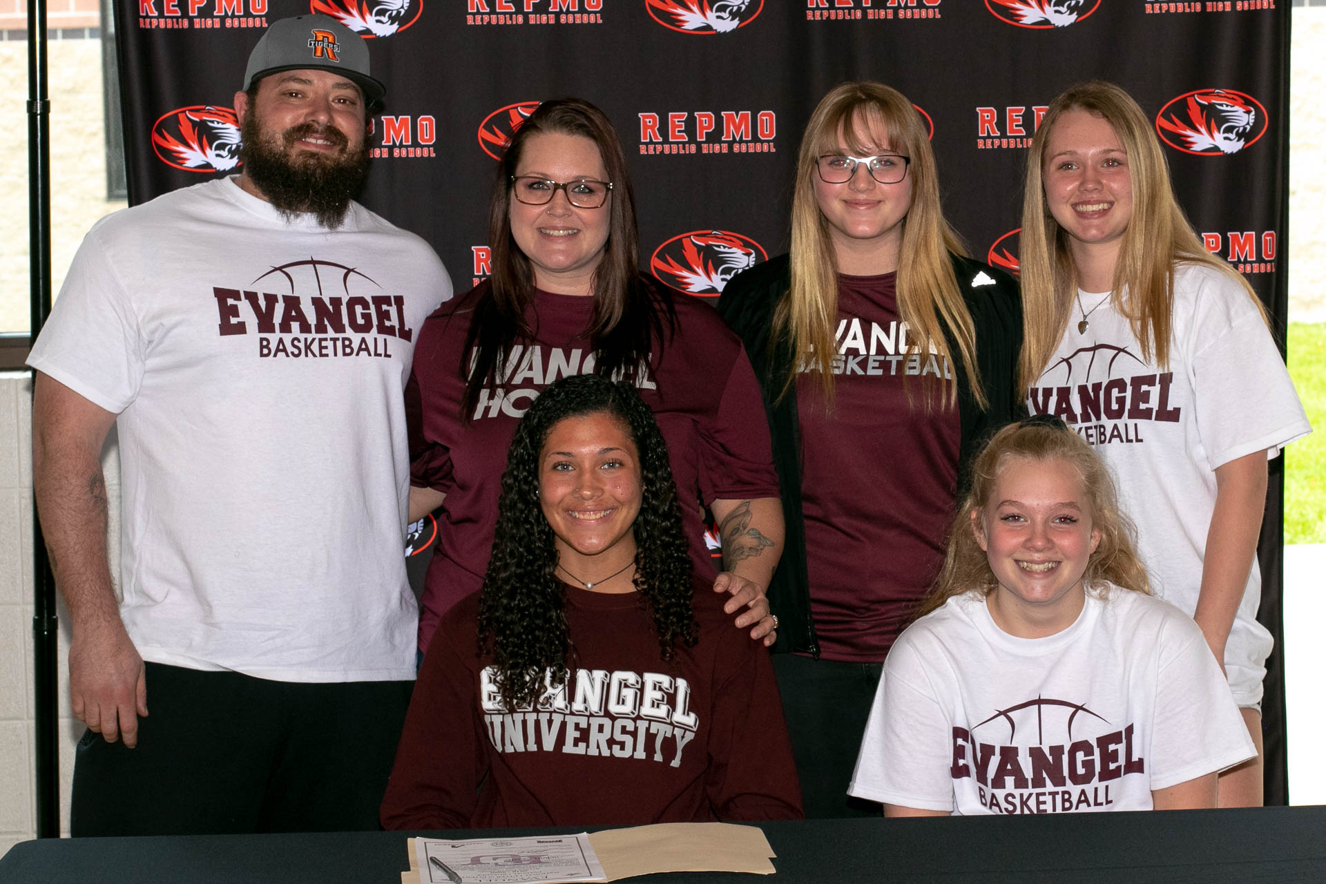 """""""She Was Going To Make That Happen:"""" Powell-Qualo Commits To Evangel"""