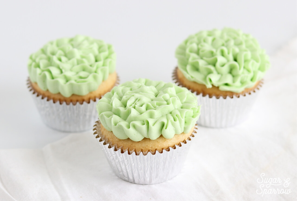 10 Easy Ways To Frost A Cupcake Sugar Sparrow
