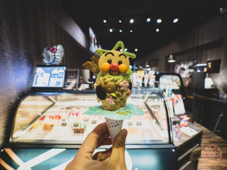 Visually stunning Ice Cream (Photo courtesy Going Awesome Places)