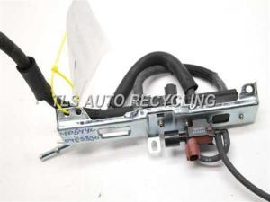2004 Lexus RX 330 vacuum switch valve  2586062010 90910