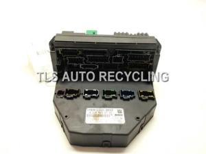2009 Mercedes C300 fuse box  2049009701  Used  A Grade