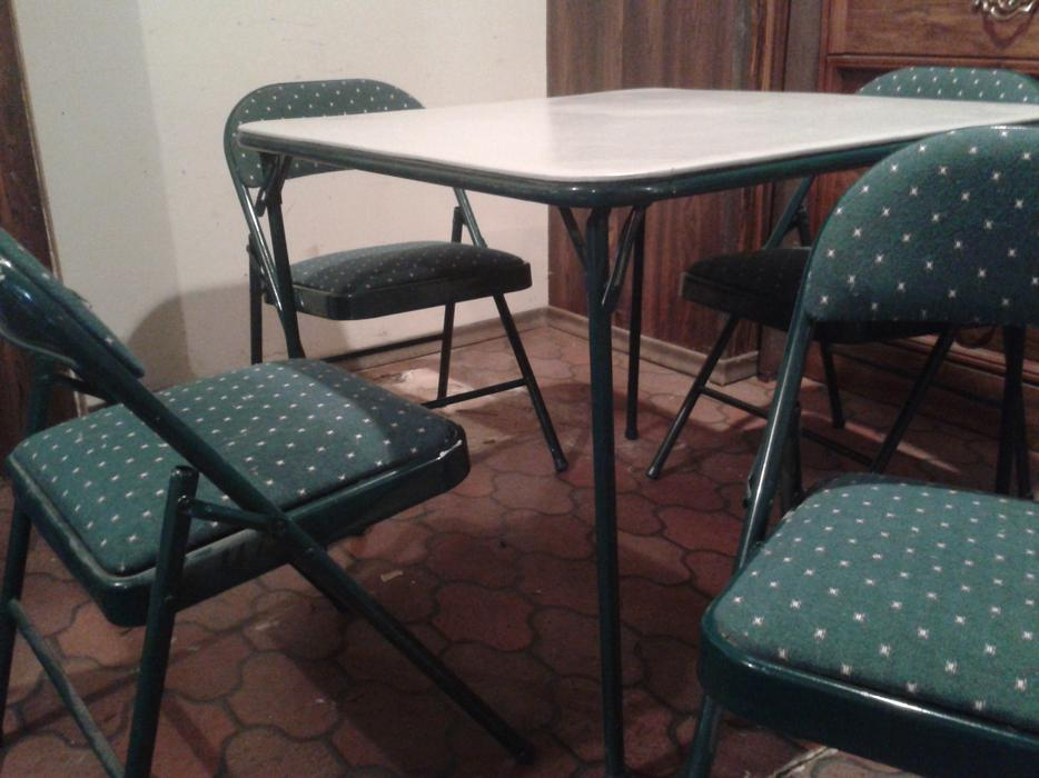 Mission Table And Chairs