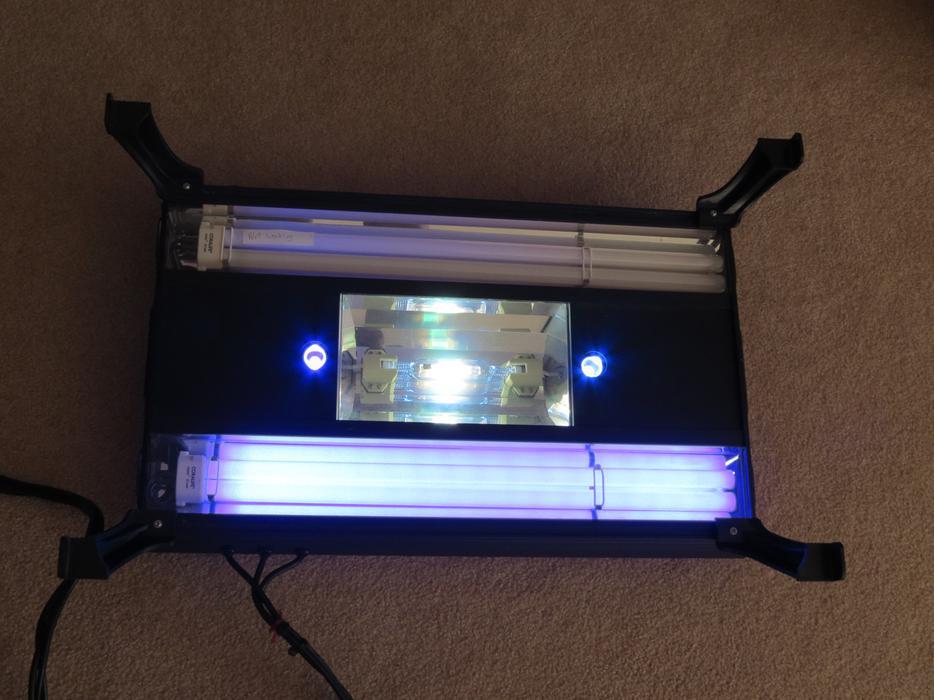 Coralife Metal Halide Aqualight Pro 24 Aquarium Light