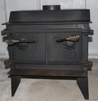 Wood stove with detachable glass door Saanich, Victoria