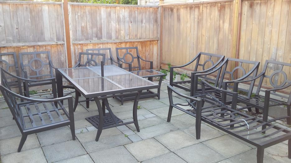 Huge patio furniture set Victoria City Victoria  MOBILE
