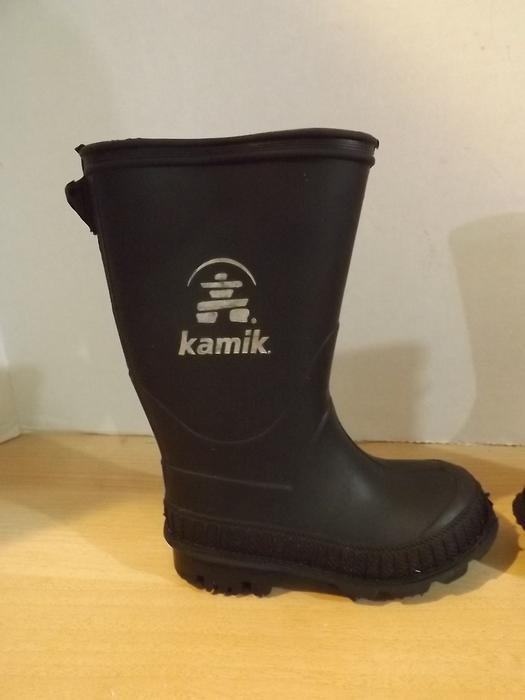 Childrens Size 6 Toddler Kamik Rubber Rain Boots Black