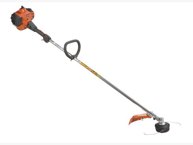 Husqvarna Brush Cutter 223L North Regina, Regina