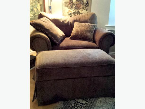 3 seat Couch double wide chair with ottoman Comox