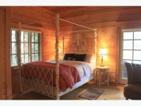 Cream Metal Canopy Queen Bedroom Suite Shawnigan Lake ...