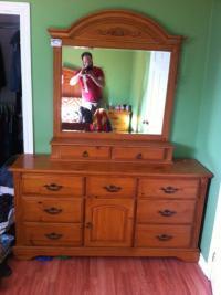 Solid Wood King Bedroom Set - NEW PRICE Rockland, Ottawa