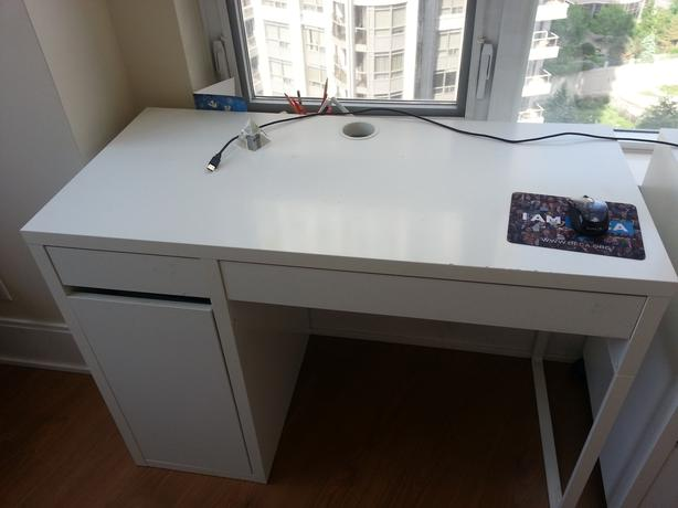 Ikea MICKE rubwhite study desk with pull out drawers and