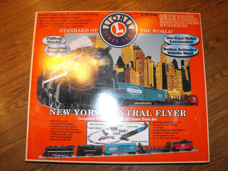 Central 2000 York New Flyer Lionel