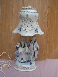 blue/white Antique Porcelain Table lamp with porcelain