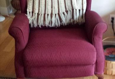 Wing Back Chair With Foot Rest