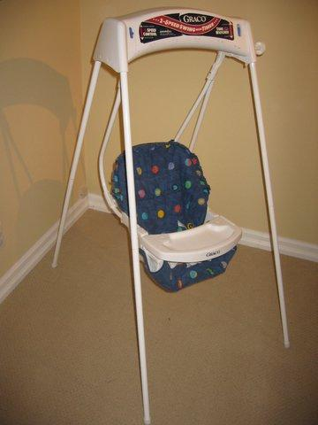 Used Baby Swings For Sale. Graco Wind Up Baby Swing