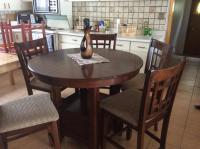 Pub style table and chairs Osoyoos, Okanagan