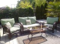 High End outdoor patio Furniture Set & Rug North Nanaimo ...