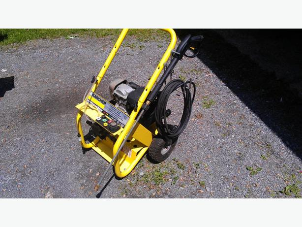 Karcher 2400 Psi Pressure Washer