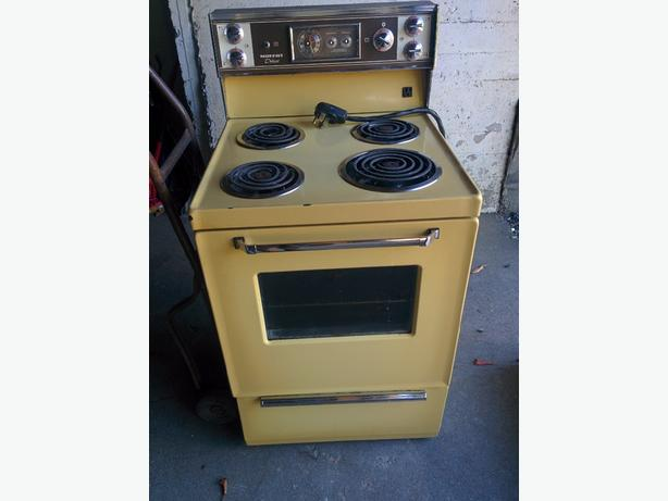 oven apartment size Central Nanaimo Parksville Qualicum Beach
