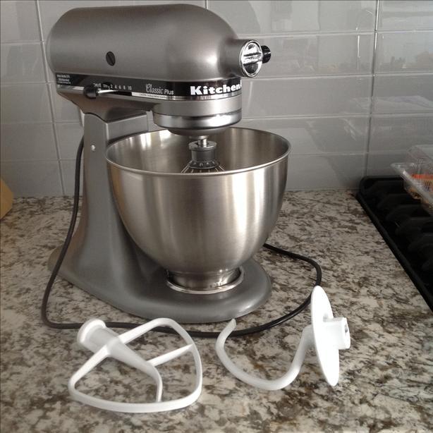 kitchen aid classic plus corner booth kitchenaid 4 5 quart tilt head stand mixer 275 watt 10 speed