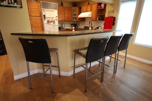 living room bar images of gray rooms kitchen stools x4 saanich victoria