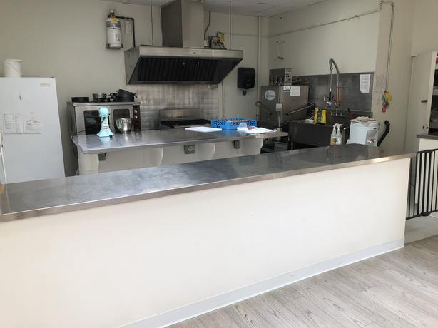 kitchen for rent yellow towels commercial victoria city