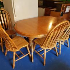 Wooden Kitchen Table Island Size Sturdy W Chairs Oak Bay Victoria