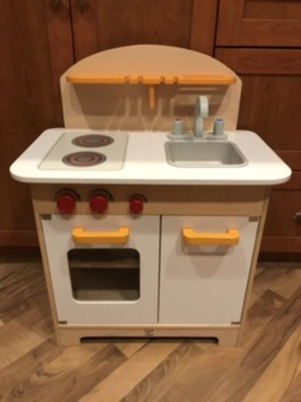 hape kitchen rustic table and chairs play excellent condition saanich victoria
