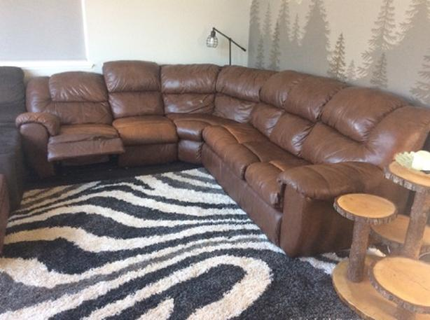 650 comfortable sectional sofa bed with hide a bed and recliner
