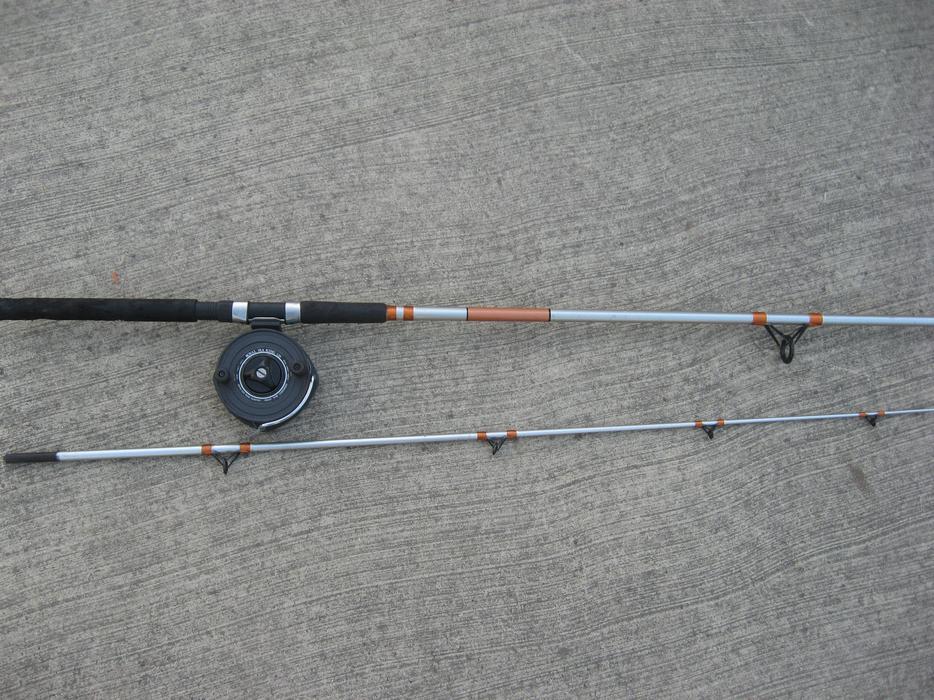 fishing reel and Mooching rod salmon cod Isuzu Saanich