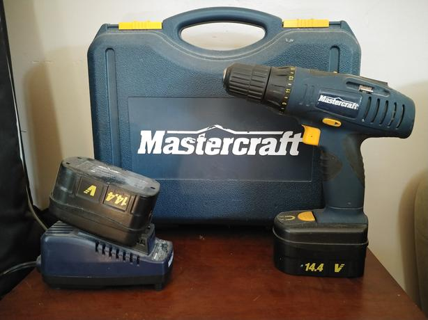 Mastercraft Cordless Drill W 2