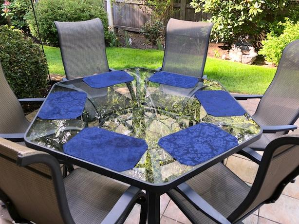 hexagon patio table and 6 chairs