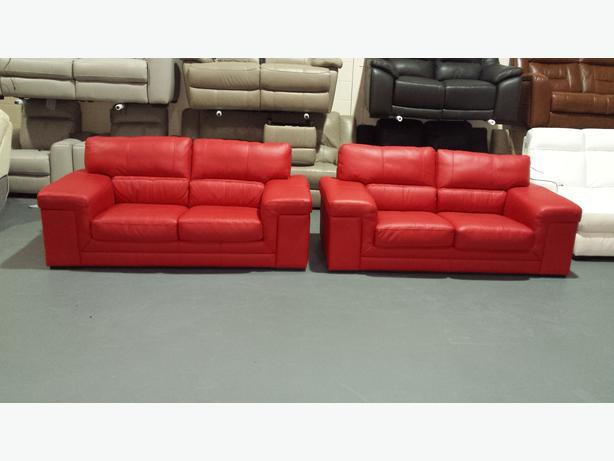 red leather two seater sofa light grey decorating ideas ex display sisi italia rossi pair of 2 sofas