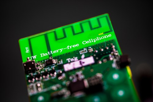 small resolution of uw engineers have designed the first battery free cellphone that can send and receive calls