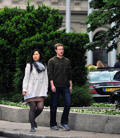 Exclusive Photos Mark Zuckerberg And Wife Priscilla Chan Vacation In Budapest X17 Online X17 Online
