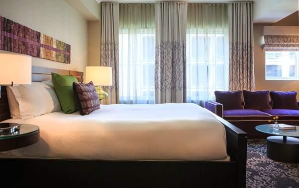 Guestroom_King_602_5755.jpg