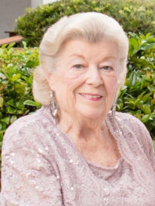 Obituary   Lisa Holcombe Dunn of Greer, South Carolina