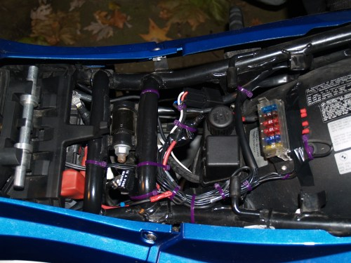 small resolution of aux fuse block trigger can bus problems adventure rider bmw motorcycle fuse box