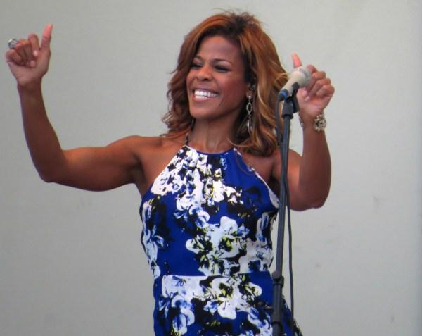 Nicole Henry Jazz Singer